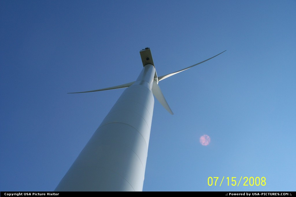 Picture by mrsbeenk: Buffalo Center Iowa   Turbine