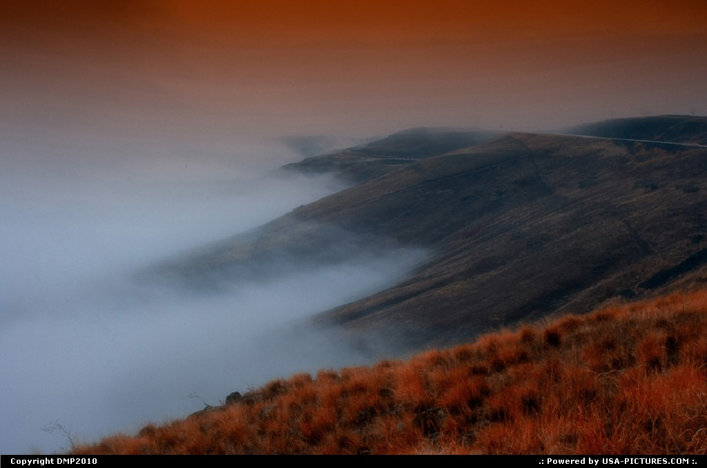 Picture by DMP2010: Lewiston Idaho   mountain,fog,hills,brush,warm