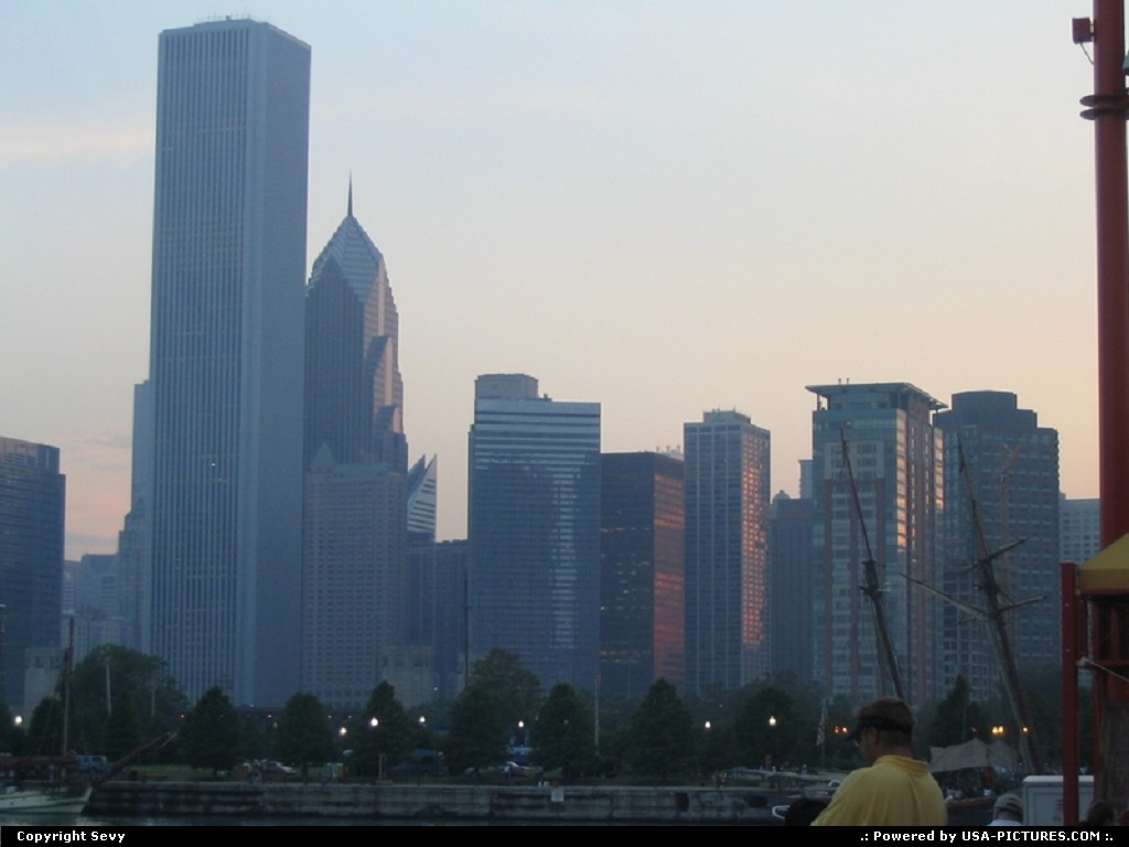 Picture by Sevy: Chicago Illinois