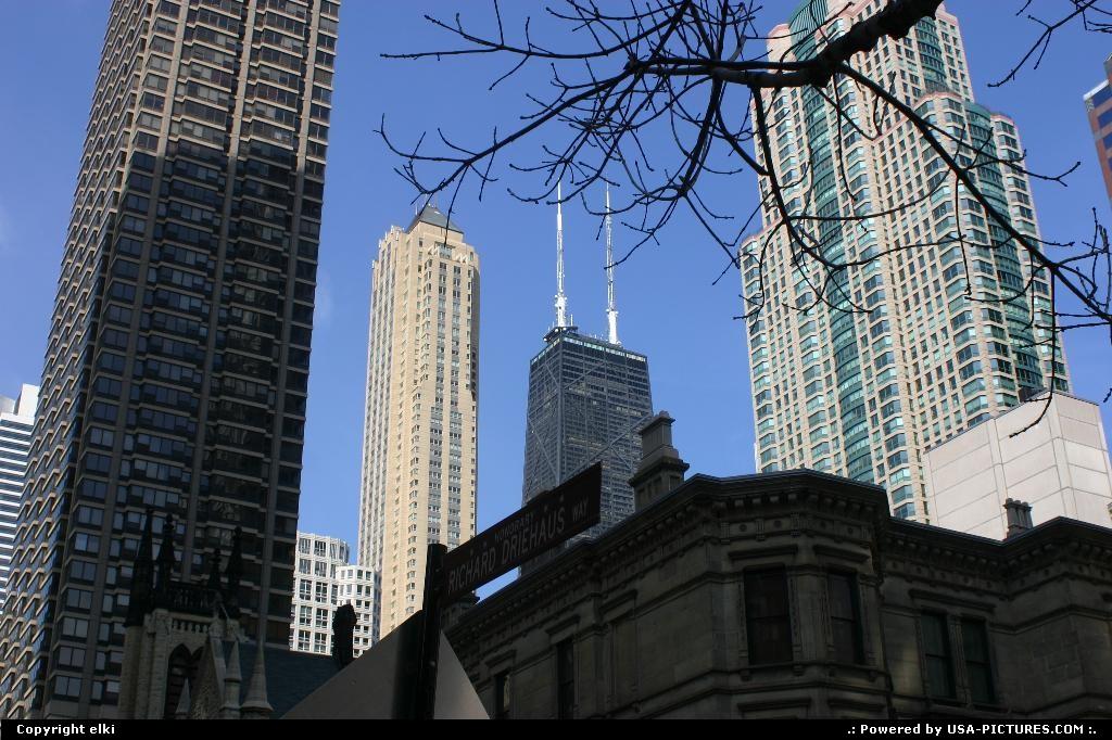 Picture by elki:ChicagoIllinoischicago