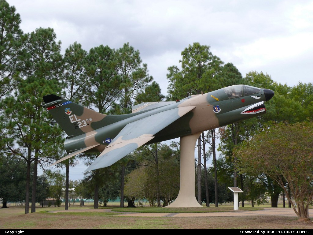 Picture by USA Picture Visitor: Alexandria Louisiana   FLYING TIGERS
