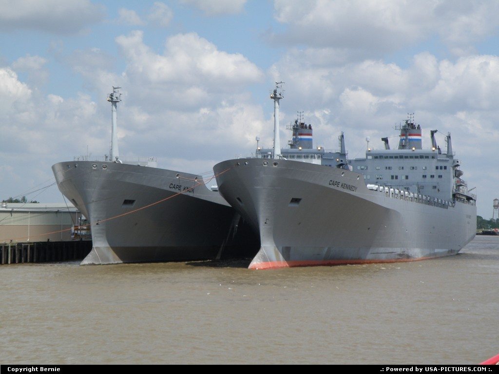 Picture by Bernie: Hors de la ville Louisiana   ship, navy