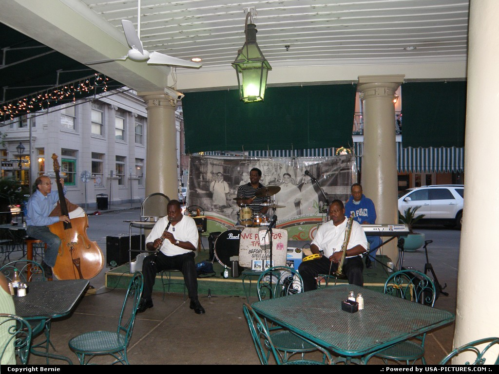 Picture by Bernie: New Orleans Louisiana   music, jazz, restaurant