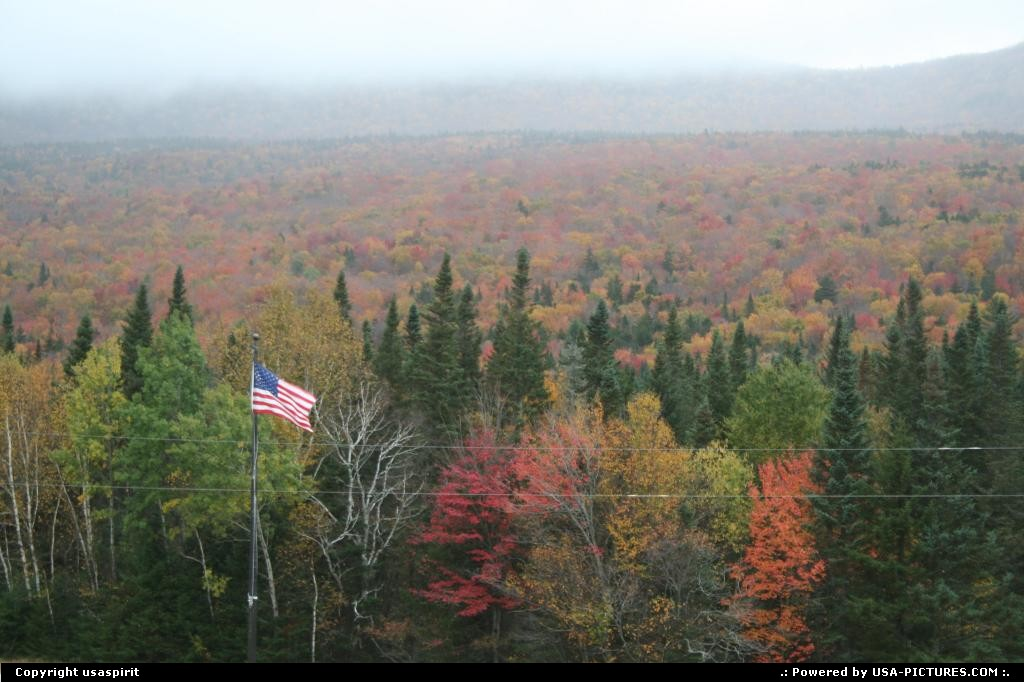 Picture by usaspirit: Not in a city New-Hampshire   Colors of fall season maine.