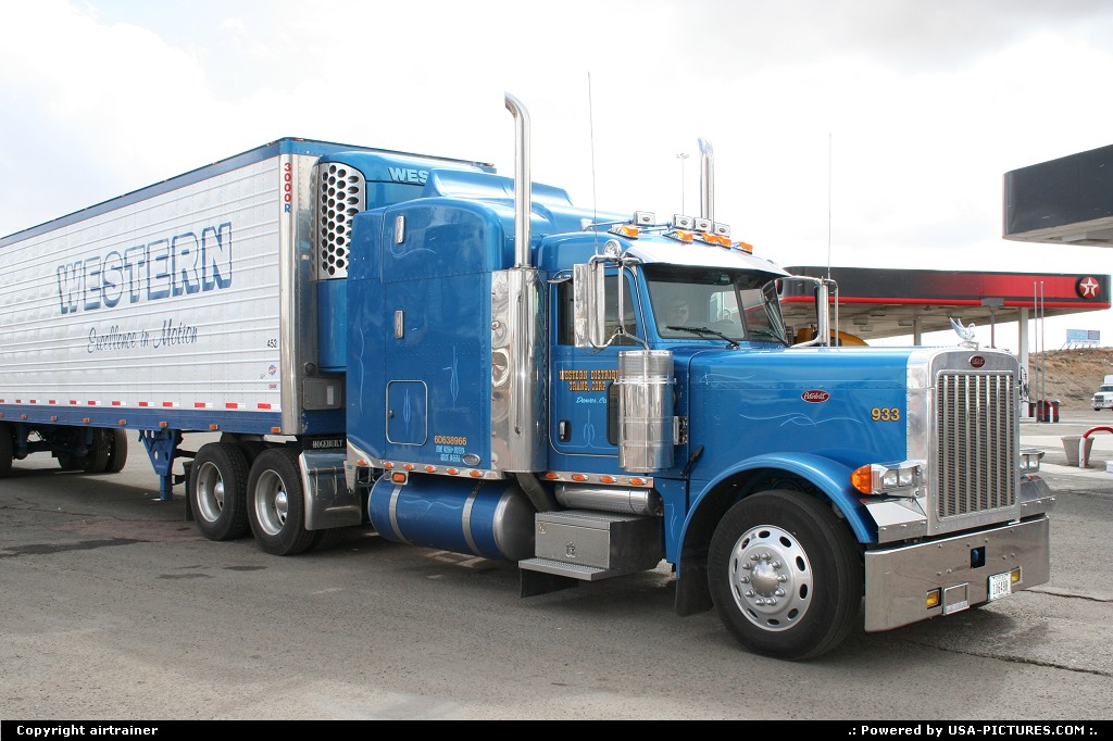 Picture by airtrainer:GallupNew-mexicopeterbilt, truck, gas, station, interstate