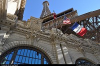 Las Vegas : Little taste of France at the Paris Hotel and Casino, ideally located by the middle of the strip. Eiffel tower stands proudly at the main entrance.