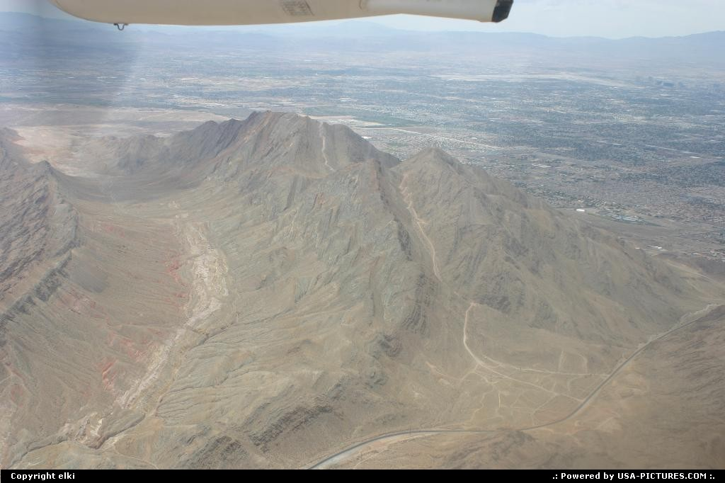 Picture by elki:  Nevada   desert, plane