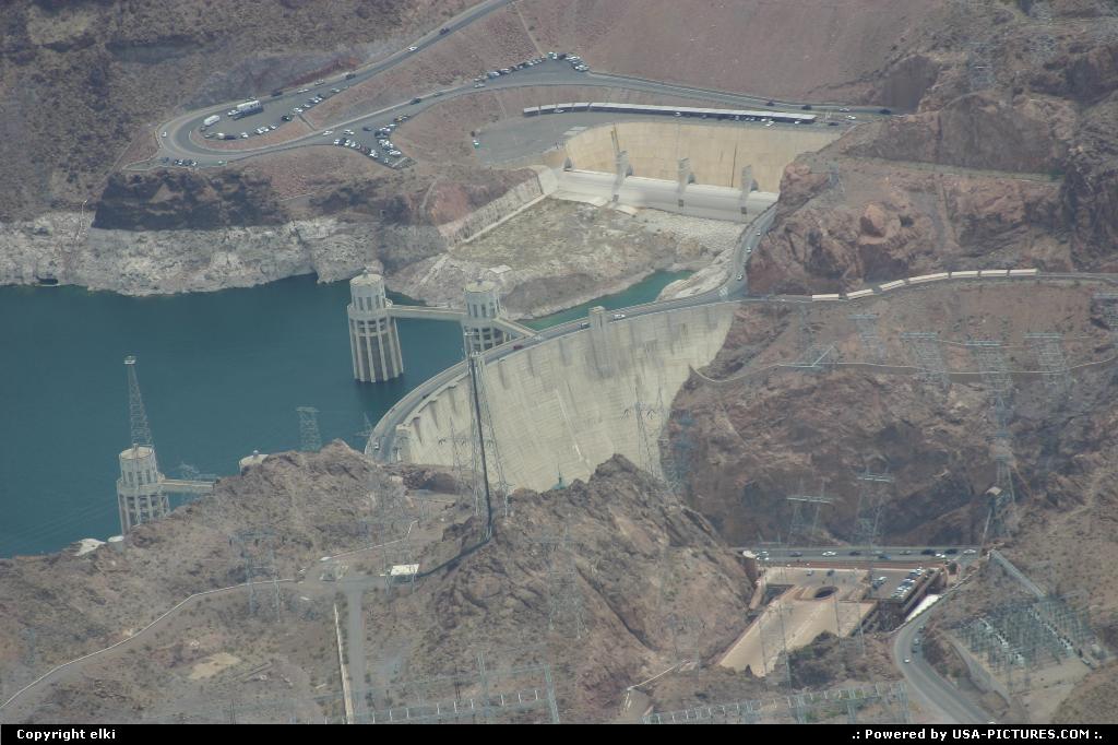 Picture by elki:Nevadadam, lake, colorado