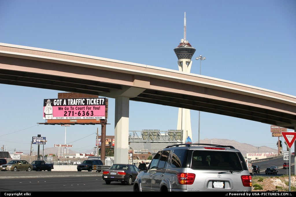 Picture by elki: Las Vegas Nevada   stratosphere