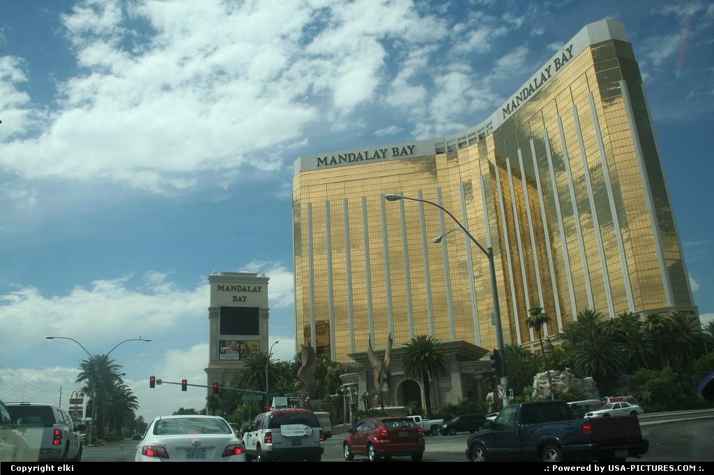 Picture by elki:Las VegasNevadamanadalay bay hotel casino las vegas