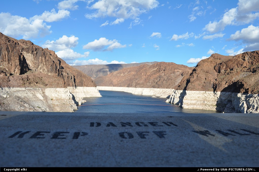 Picture by elki:Not in a CityNevadahoover dam