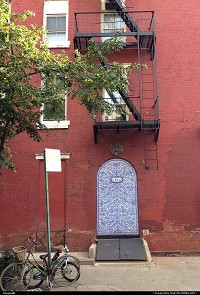 New-york, Greenwich village Manhattan. All of the sudden in a street corner, that lovely tiled door. Amazing city !!