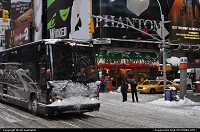 New York : Times Square after the December 2009 blizzard. From nothing to almost a foot of fresh snow overnight!