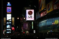 New York : Te usual yet gorgeous view of Time Square by night. Better enjoy noise, crowd and light!