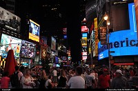 The crowd, the noise, the atmosphere, the heavy neon lights: only in Timnes Squares, NYC!