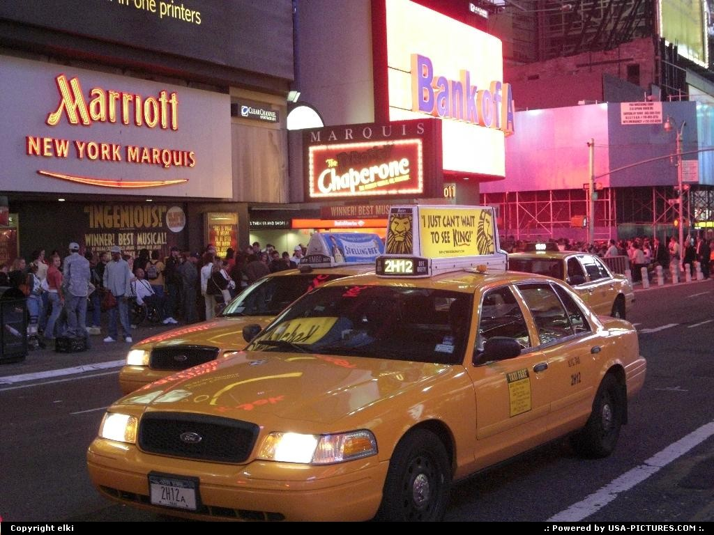 Picture by elki: New York New-york   new york taxi time square