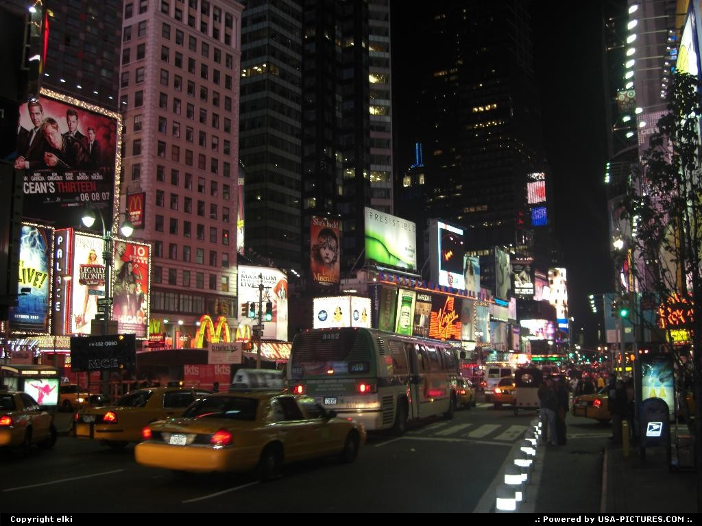 Picture by elki: New York New-york   New york time square