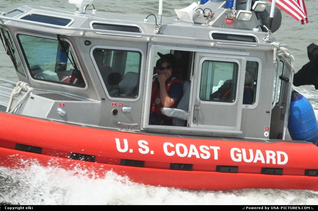 Picture by elki: New York New-york   New york coast guard