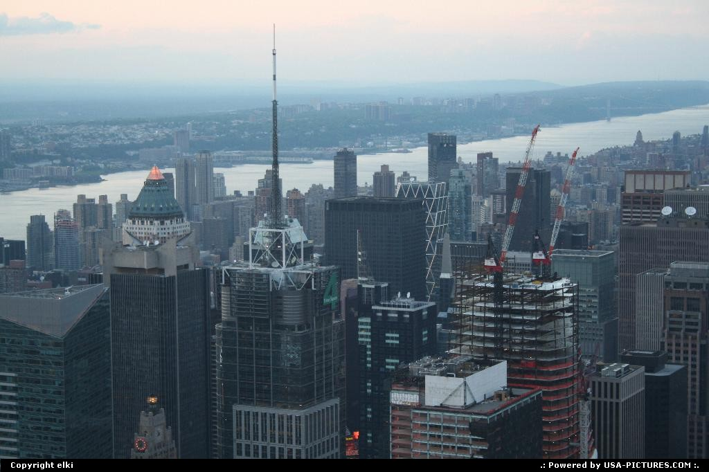 Picture by elki: New York New-york   sky crappers on built