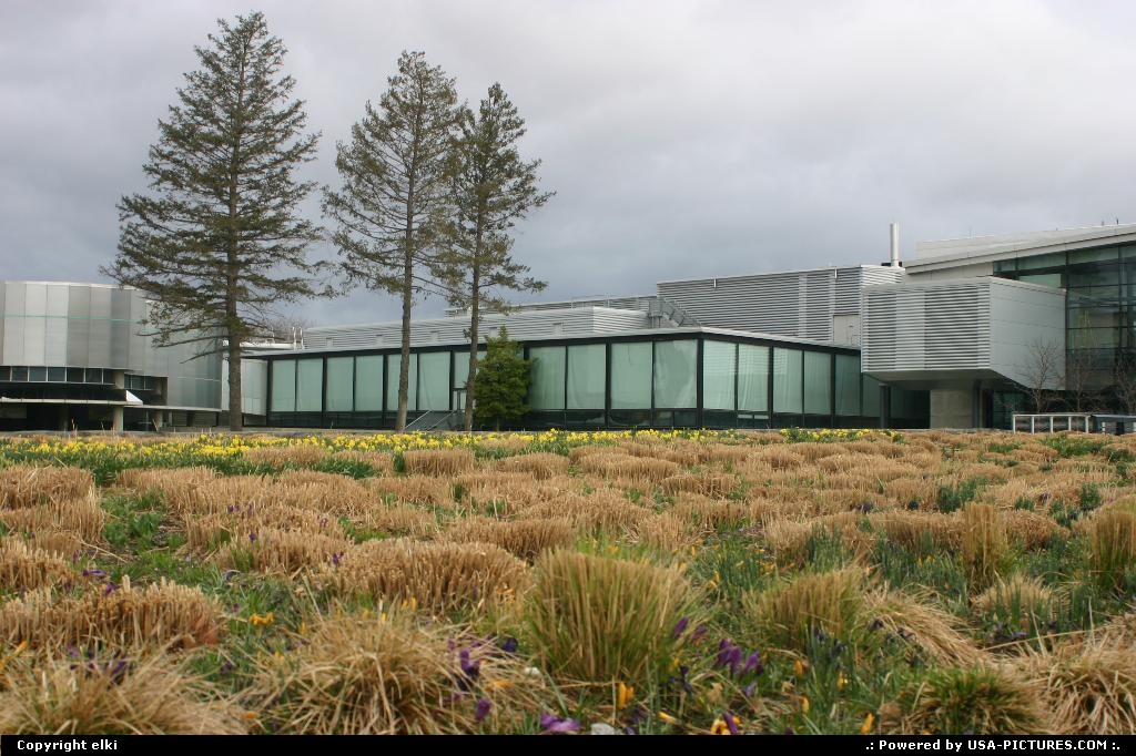 Picture by elki:CorningNew-yorkCorning glass museum