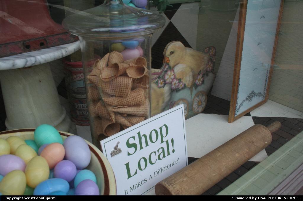 Picture by WestCoastSpirit:CorningNew-yorkshop, economy, business