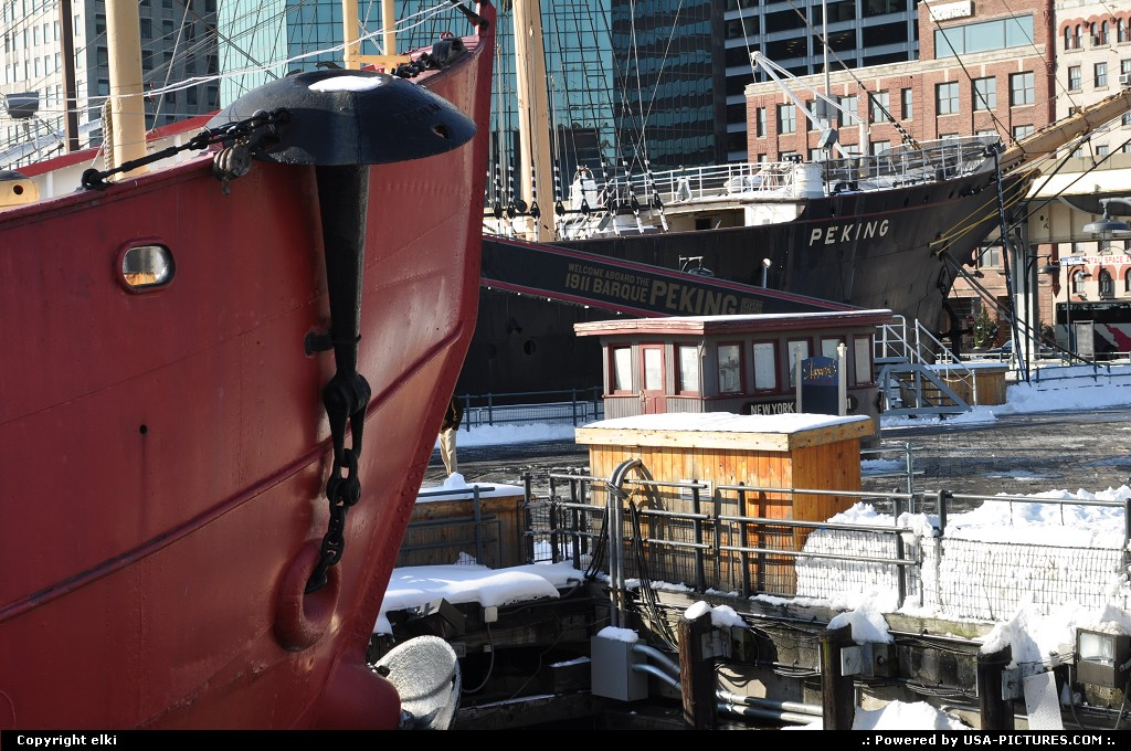 Picture by elki:New YorkNew-yorkseaport museum ny