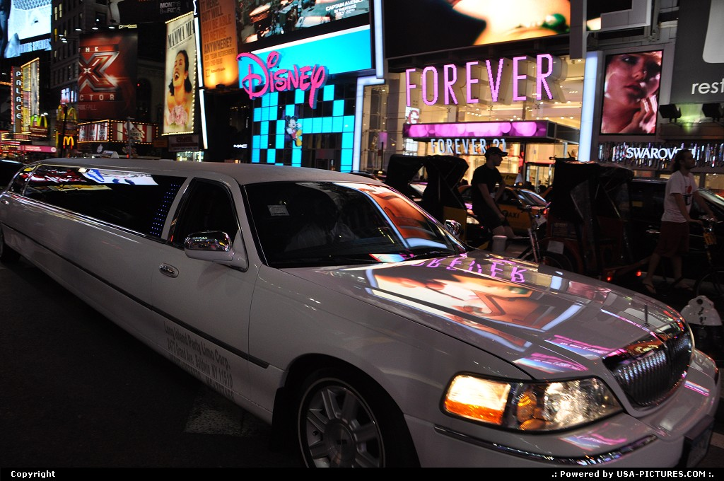Picture by WestCoastSpirit: New York New-york   limo, stretched, car, NYC