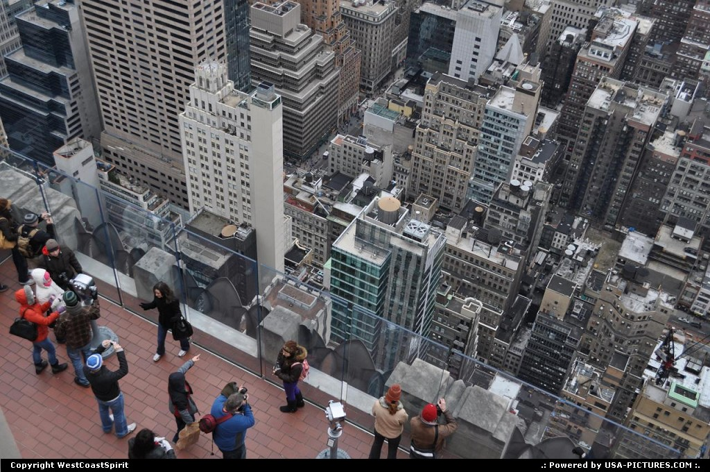 Picture by WestCoastSpirit:New YorkNew-yorkRockefeller Center, top of the Rock