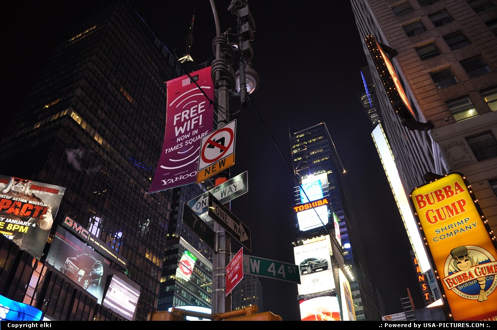 Picture by elki: New York New-york   Times Square New York