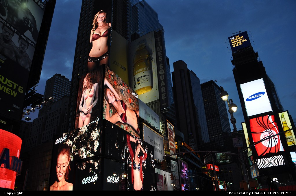 Picture by WestCoastSpirit: New York New-york   ae, american eagle, ads, lingerie, times square