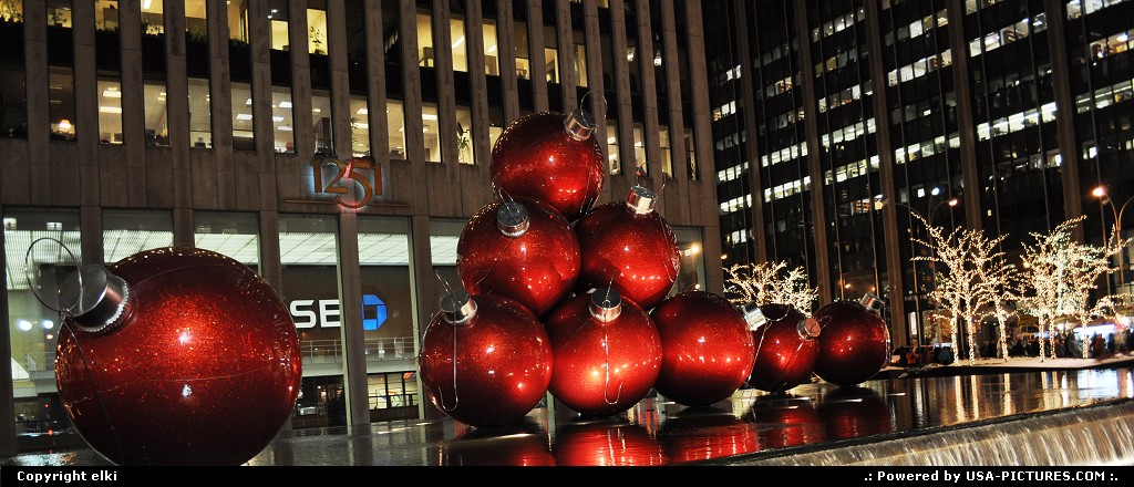 Picture by elki: New York New-york   new york christmas decoration