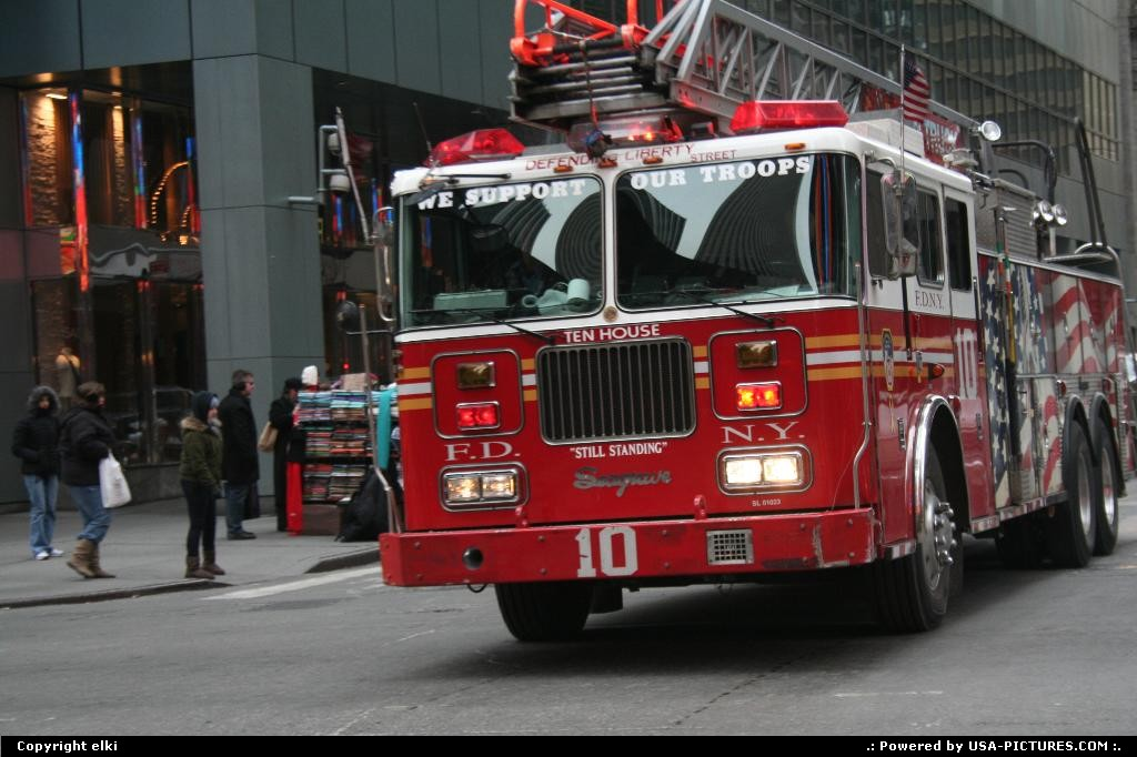 Picture by elki:New YorkNew-yorkNew York firemens