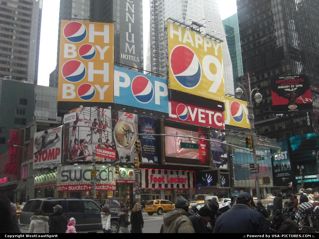 Picture by WestCoastSpirit: New York New-york   ad, billboard, neon, sign