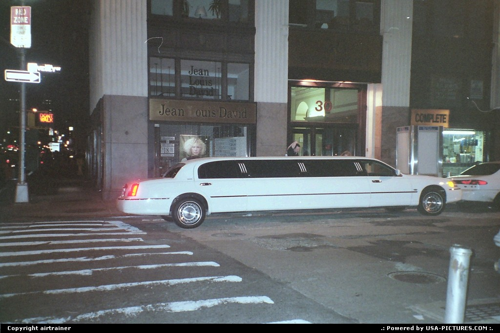 Picture by airtrainer: New York New-york   limousine