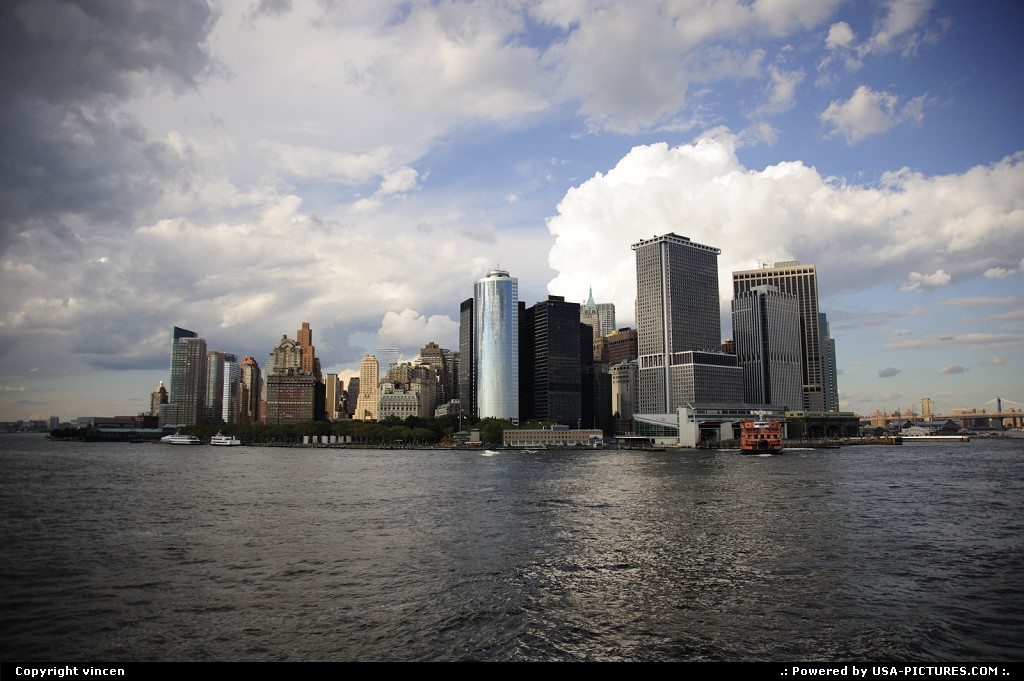 Picture by vincen: New York New-york   manhattan sea building