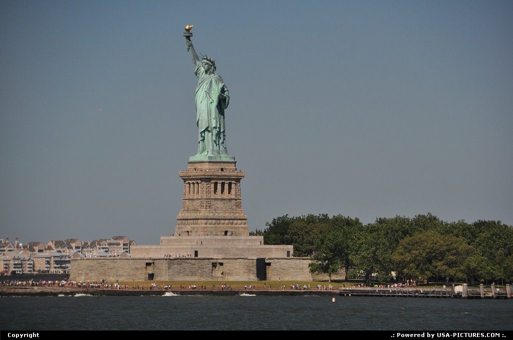 Picture by WestCoastSpirit: New York New-york   Lady Liberte, statue of liberty, nyc, staten island