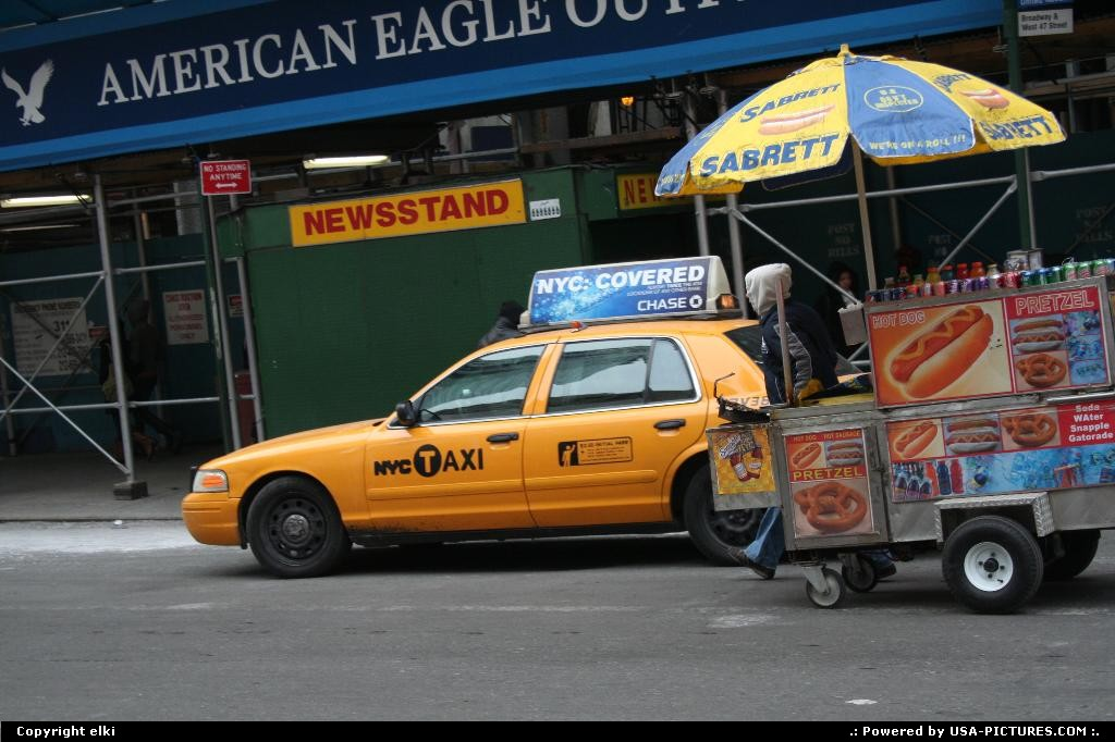 Picture by elki:New YorkNew-yorktimes square new york hot dogs yellow cabs