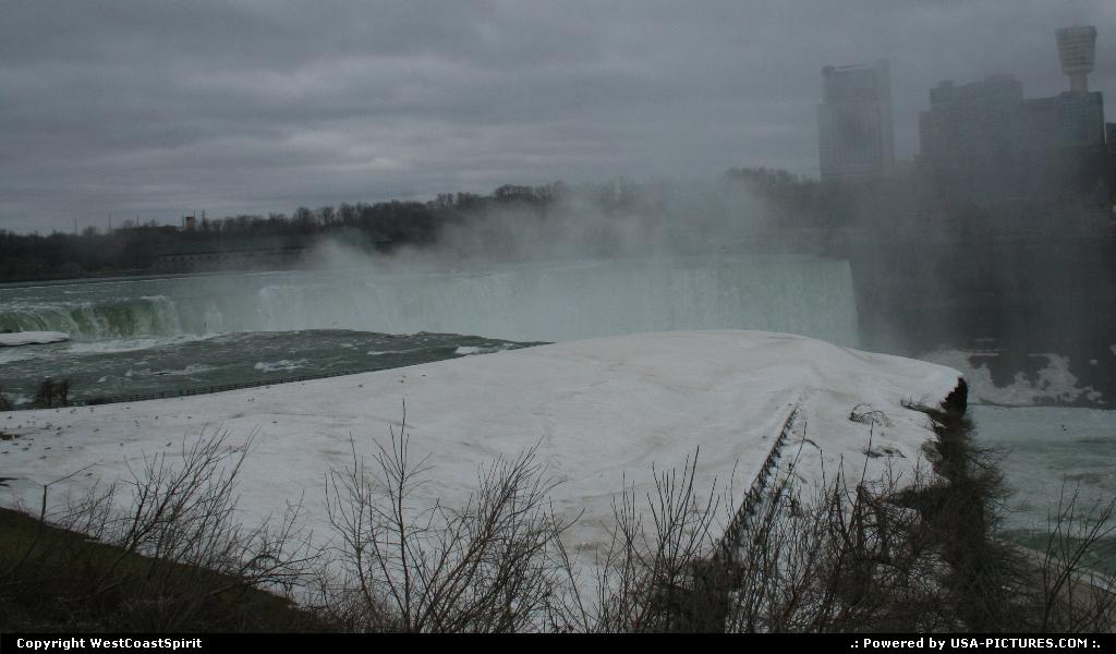 Picture by WestCoastSpirit:Niagara FallsNew-yorkfall, canada, USA