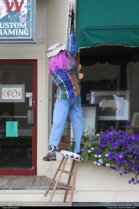 Photo by TheRev3 | Nelsonville  Halloween, falling man, man falling from stool, tipping stool, dummy man, dummy, dummies, pranks, prank, Nelsonville OH, Ohio,