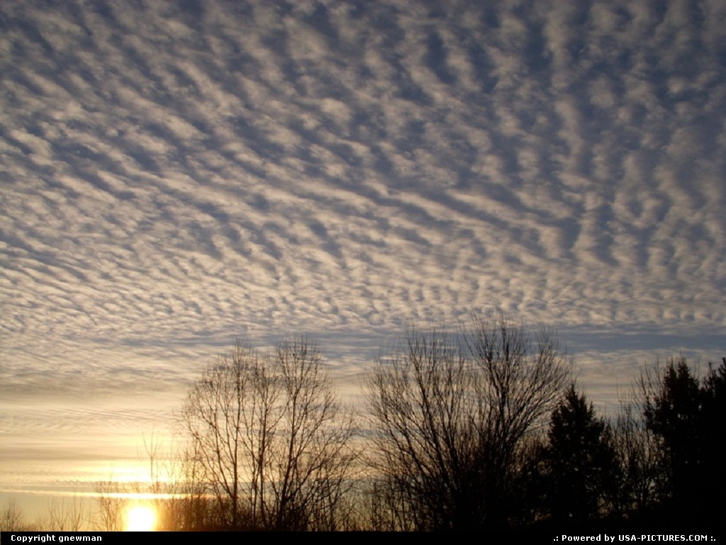 Picture by gnewman: West Portsmouth Ohio   morning, sunlight, clouds, sunrise