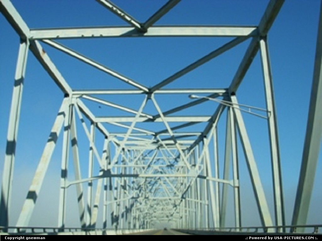Picture by gnewman: West Portsmouth Ohio road, bridge, steel