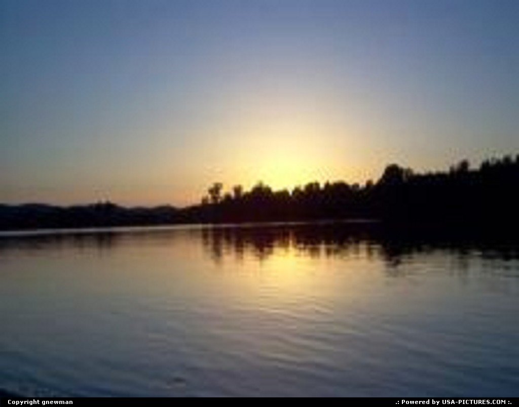 Picture by gnewman:West PortsmouthOhioevening, river, water, sunset