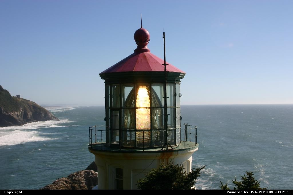 Picture by elki: Yachats Oregon   lighthouse, heceta