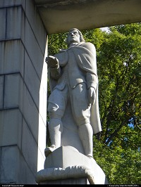 Photo by tinasuzie4662 | Providence  Statue of Roger Williams