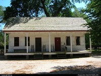 South-carolina, ELIZA's house, a typical home of 2 slave families. MIDDLETON PLACE.