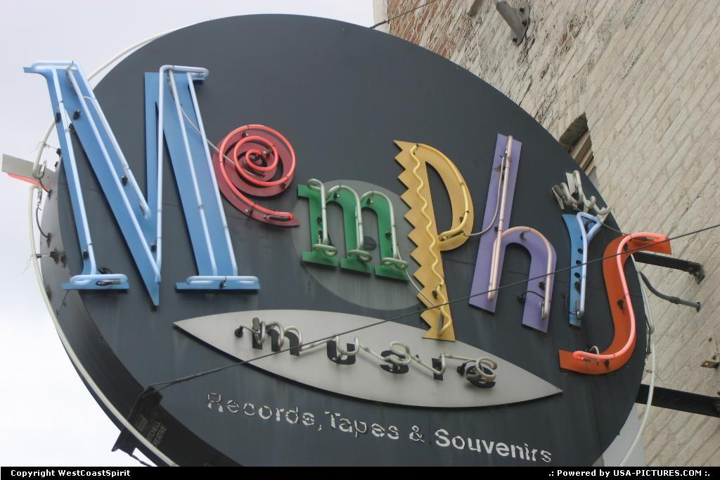 Picture by WestCoastSpirit:MemphisTennesseejazz, elvis, bb king, neon