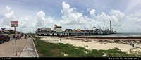 Galveston : Galveston boardwalk and pleasure pier