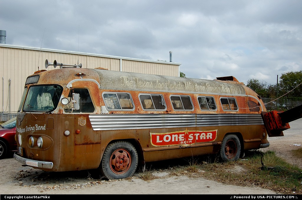 Picture by LoneStarMike: Austin Texas   bus