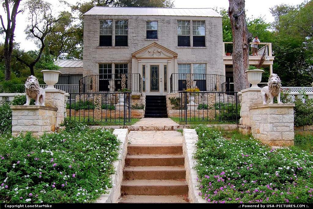 Picture by LoneStarMike: Austin Texas   house