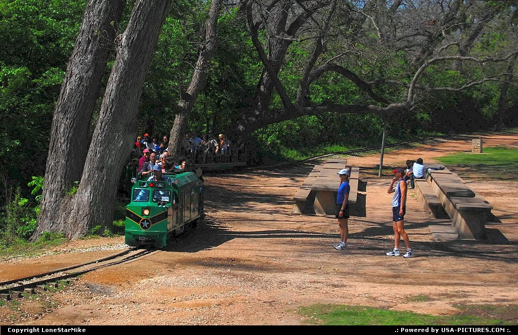 Picture by LoneStarMike: Austin Texas   park, trail, train